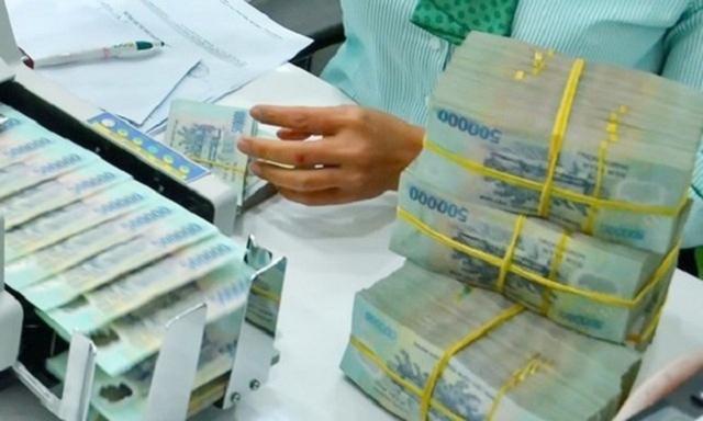 Dòng tiền rẻ mỏng và lỏng gây rủi ro khi đầu tư theo tâm lý đám đông  - Ảnh 3.
