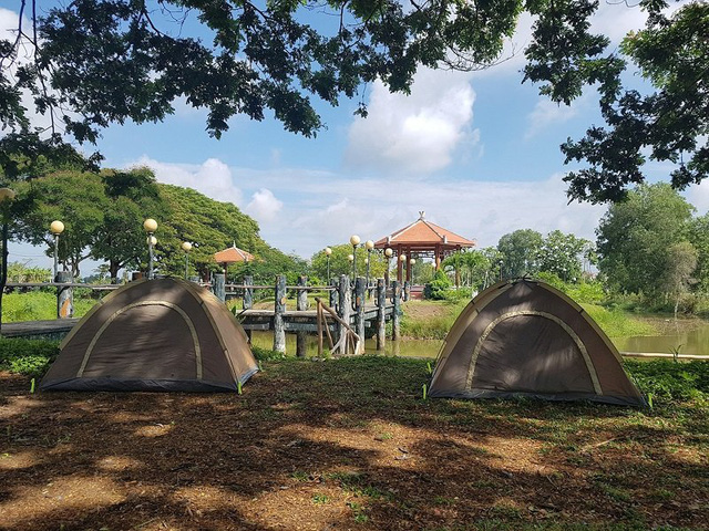 Nếu muốn thử Camping mà chưa biết chọn nơi nào để cắm lều thì đây là những địa điểm vừa hot lại đẹp từ Nam ra Bắc phải thử đến 1 lần - Ảnh 30.