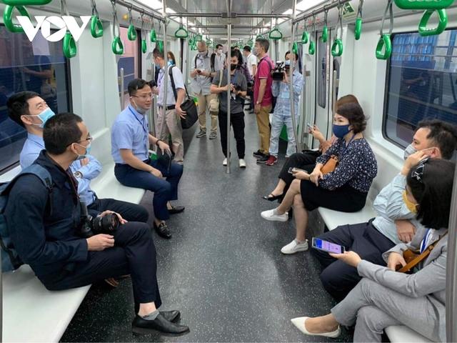 """Người dân chê vé đường sắt Cát Linh - Hà Đông """"hơi đắt""""  - Ảnh 5."""