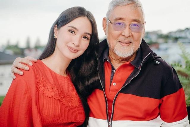 Cuộc sống vương giả của nguyên mẫu Crazy Rich Asians: Sinh ra ngậm thìa vàng, kết hôn với nghị sĩ quyền lực Philippines, sở hữu bộ sưu tập túi xách Hermès Birkin tương đương với vợ tỷ phú giàu nhất châu Á  - Ảnh 1.