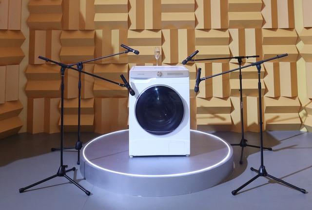Đo độ bẩn quần áo, tự động phân phối nước giặt - đây là cách Samsung tích hợp AI lên mẫu máy giặt mới nhất - Ảnh 2.