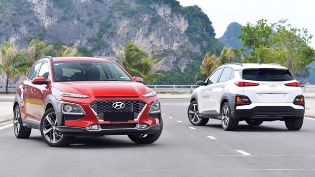 SUV đô thị tại Việt Nam: Kia Seltos và Toyota Corolla Cross đua doanh số, các cựu vương trượt dốc - Ảnh 2.