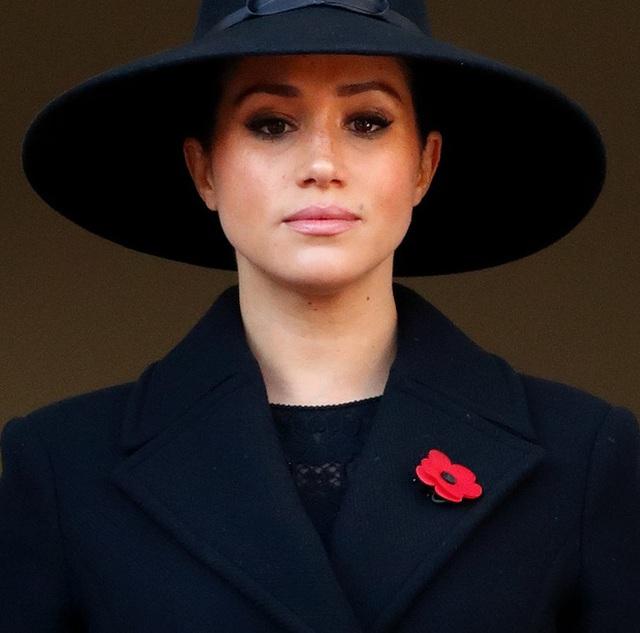 Hóa ra đây mới là lý do thực sự khiến Meghan nhất quyết không về chịu tang Hoàng tế Philip, đến Nữ hoàng Anh cũng phải đồng ý - Ảnh 2.