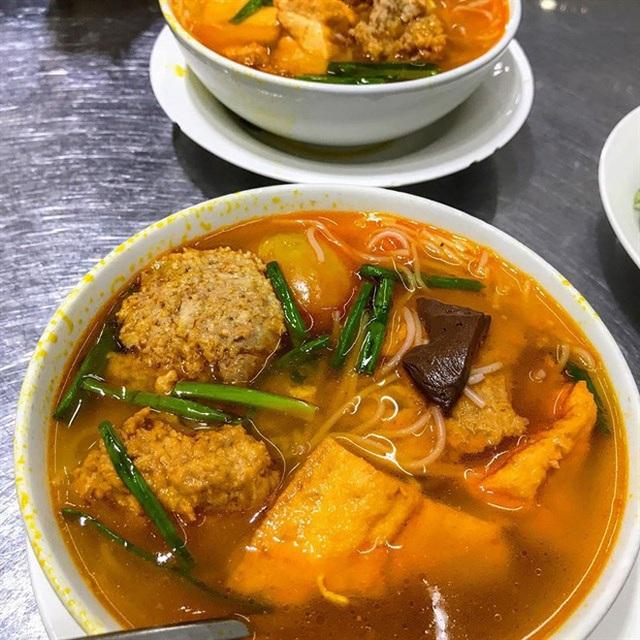 Sài Gòn có 10 quán nhìn thì bình dân nhưng giá đắt xắt ra miếng, thực khách đến ăn lần đầu đảm bảo ai cũng sốc nhẹ - Ảnh 29.