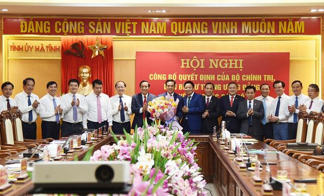 Triển khai quyết định của Bộ Chính trị, Ban Bí thư về công tác cán bộ - Ảnh 4.