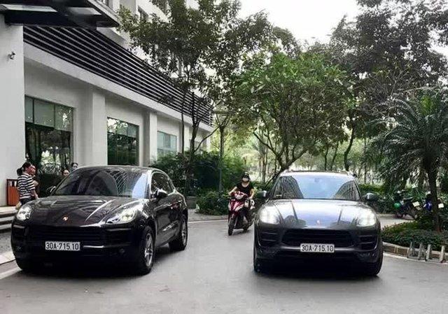 Hai xe sang Porsche cùng biển số chạm mặt nhau tại đô thị cao cấp ở Hà Nội - Ảnh 1.