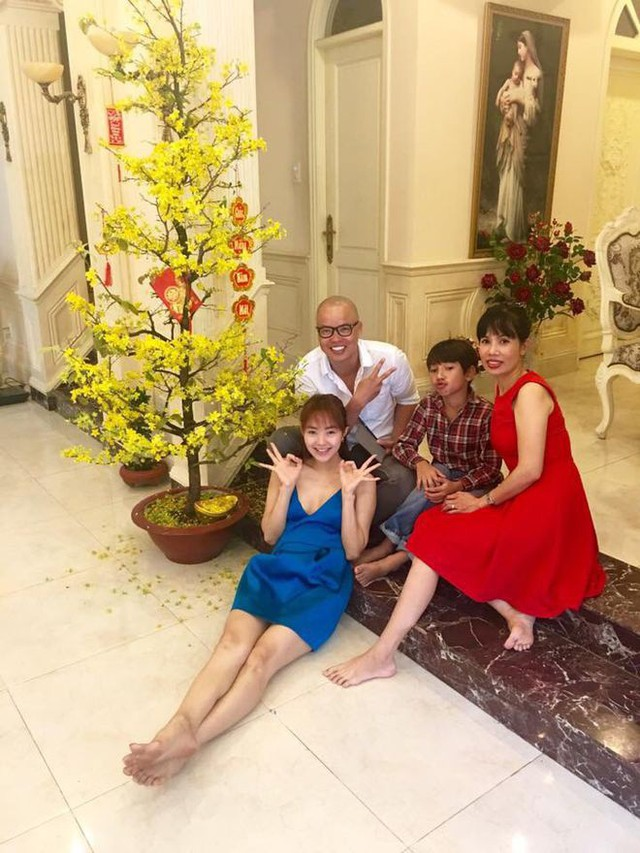 Minh Hằng ở tuổi 34: Tậu biệt thự 20.000 m2 trồng cây ăn quả quanh nhà, mua xe 5 tỷ để chơi Tết, chi hàng trăm triệu đồng mỗi tháng cho shopping - Ảnh 3.