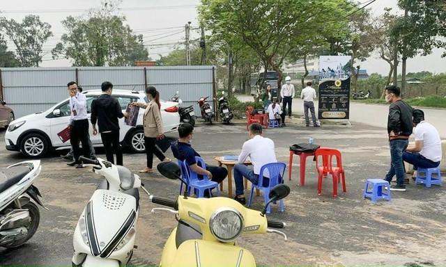 Lãnh đạo nơi giá đất sôi sục từng giờ ở Hà Nội lên tiếng về cơn sốt  - Ảnh 4.