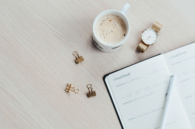 Bất ngờ với 7 thói quen xấu buổi sáng có thể phá hủy năng suất cả ngày của bạn - Ảnh 4.
