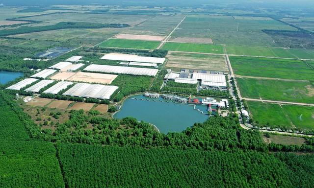 Vinamilk ra mắt hệ thống Trang Trại Sinh Thái Vinamilk Green Farm - Ảnh 2.