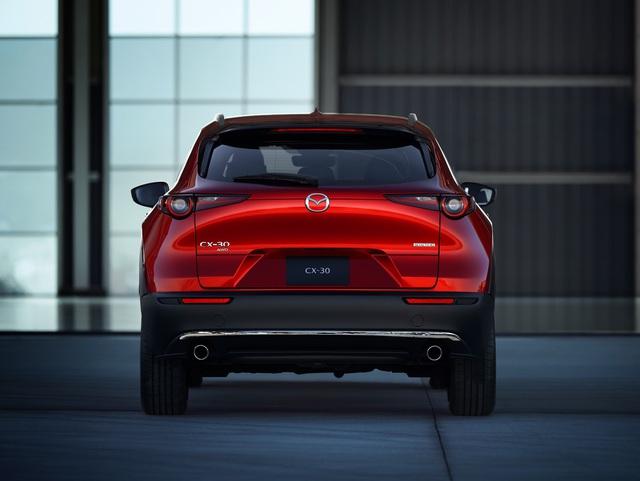2 mẫu xe mới của Mazda ra mắt tại Việt Nam, giá từ 629 và 839 triệu đồng - Ảnh 2.