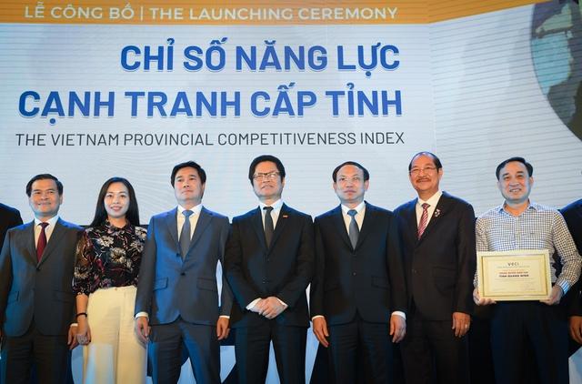 Giáo sư Mỹ tiết lộ cội nguồn cải cách ở Quảng Ninh với nhiệm kỳ đặc biệt từ 10 năm trước - Ảnh 9.