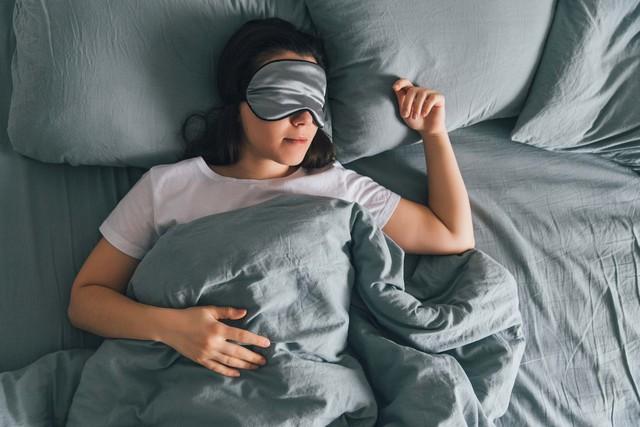 Một giấc ngủ ngon ngày càng trở nên xa xỉ: Hình thành cho bản thân 6 thói quen này để có thể chìm vào mộng trong vòng 30 giây, ai cũng có thể áp dụng  - Ảnh 2.