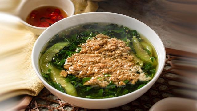 Những đại kỵ khi ăn canh rau mồng tơi mùa hè nếu người Việt không bỏ ngay thì sẽ chắc chắn rước bệnh - Ảnh 1.