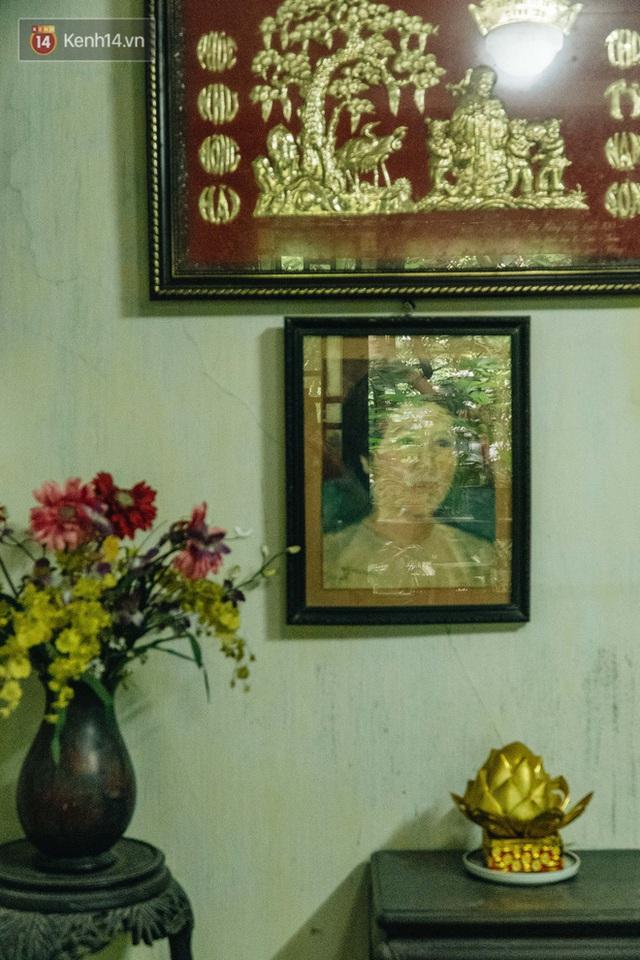 Ngôi nhà 80 năm tuổi, rộng gần 300m2 giữa phố cổ Hà Nội: Trả trăm tỷ không bán, bên trong có hầm chứa được 20 người - Ảnh 18.