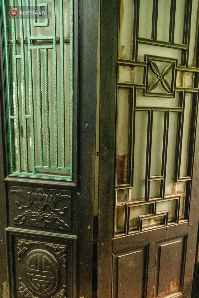 Ngôi nhà 80 năm tuổi, rộng gần 300m2 giữa phố cổ Hà Nội: Trả trăm tỷ không bán, bên trong có hầm chứa được 20 người - Ảnh 19.