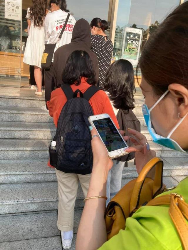 Chiếc ly Starbucks bị hét giá 2,5 triệu ở Sài Gòn vẫn chưa là gì so với loạt sản phẩm đắt cắt cổ dưới đây! - Ảnh 3.