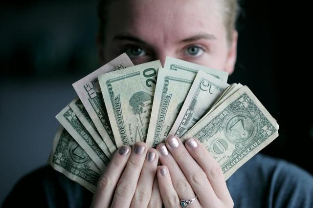 Chìa khoá vàng để làm chủ tài chính, giúp tiết kiệm được số tiền đáng kinh ngạc: Chưa thể giàu ngay nhưng ít là đỡ điên đầu vì chưa cuối tháng đã hết tiền - Ảnh 2.