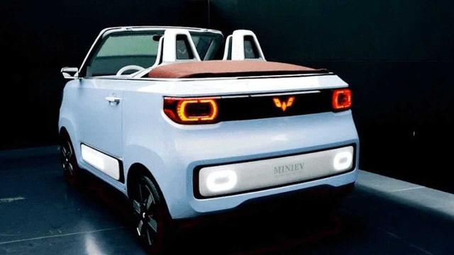 Ô tô điện bán chạy nhất thế giới, giá ngang Honda SH sắp có thêm bản mui trần - Ảnh 2.