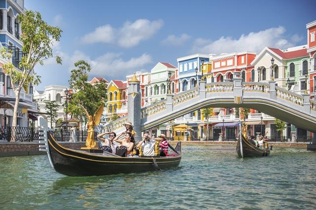 Vingroup khai trương khu quần thể nghỉ dưỡng giải trí quy mô hàng đầu Đông Nam Á, kỳ vọng đưa Phú Quốc sánh ngang Jeju, Las Vegas - Ảnh 3.