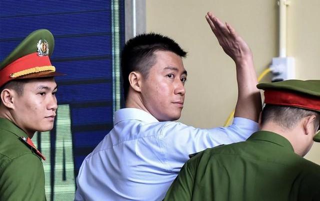 Chánh án TAND tỉnh Quảng Ninh lên tiếng vụ Phan Sào Nam được giảm án tù  - Ảnh 1.