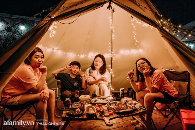 Siêu Hot: Glamping - Cắm trại xa xỉ trên nóc tòa nhà cao nhất Hà Nội, một khung cảnh cam kết đẹp hơn cả trên phim với loạt trải nghiệm siêu thú vị cho cả gia đình - Ảnh 26.