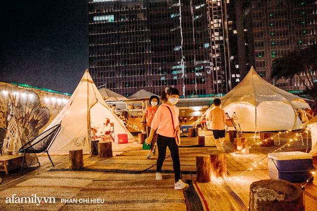 Siêu Hot: Glamping - Cắm trại xa xỉ trên nóc tòa nhà cao nhất Hà Nội, một khung cảnh cam kết đẹp hơn cả trên phim với loạt trải nghiệm siêu thú vị cho cả gia đình - Ảnh 5.