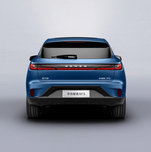 Trong khi Xiaomi mới vẽ kế hoạch, Huawei đã nhanh chân ra mắt ô tô điện đầu tiên - Ảnh 7.