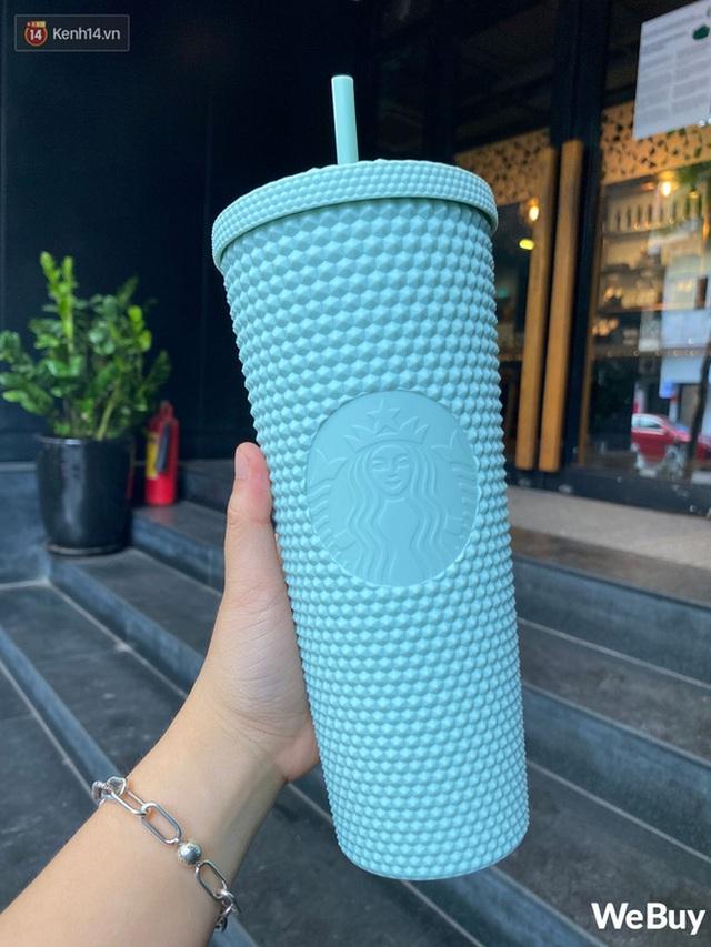 Rộ tin chiếc cốc gây bão của Starbucks đã restock và có mặt tại các cửa hàng ở Việt Nam: Sự thật là gì? - Ảnh 5.
