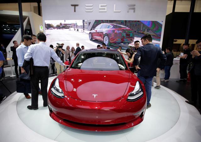 Ngoan như Tesla còn bị dạy bảo cho tới bến tại Trung Quốc - Ảnh 2.