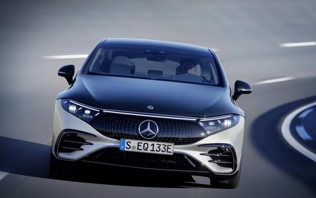 Siêu phẩm xe điện EQS đã xuất hiện trong danh mục của Mercedes tại Việt Nam - Ảnh 2.