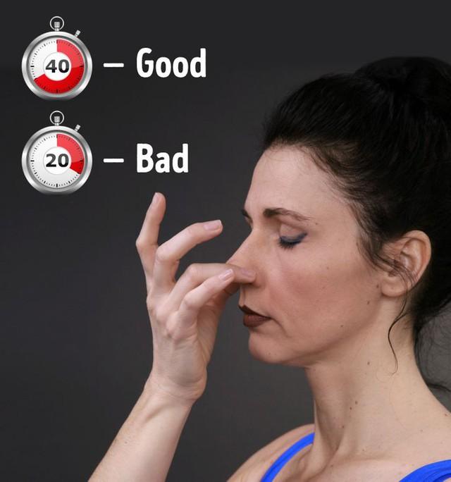 6 cách đơn giản để kiểm tra sức khỏe, tốn chưa đến 5 phút nhưng giuips bạn kịp thời phát hiện vấn đề sức khỏe: Thực hiện thường xuyên chắc chắn bạn sẽ không hối hận - Ảnh 6.