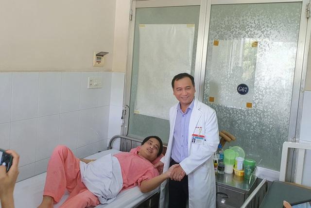 11 năm đào hang không đáy, quyết định lịch sử của bác sĩ BV Chợ Rẫy và cái kết trong mơ của người nằm viện lâu nhất Việt Nam - Ảnh 7.