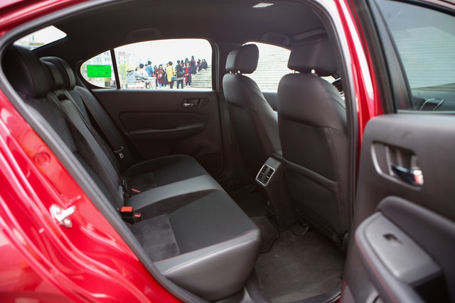 Đánh giá Honda City 2021 – Tiểu Accord lấy gì đấu Hyundai Accent và Toyota Vios? - Ảnh 7.