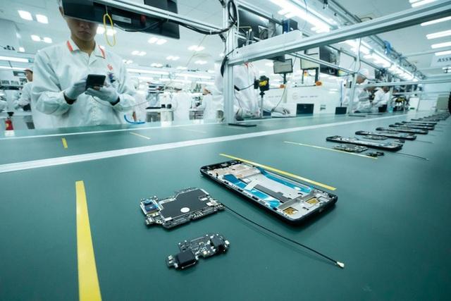 Ông Nguyễn Tử Quảng: Quốc gia muốn hoá rồng phải nắm được công nghệ smartphone - Ảnh 1.