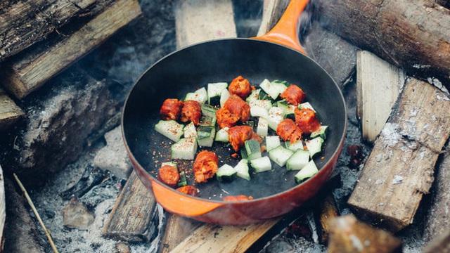 Kỹ năng sinh tồn cần thuộc lòng dù bạn đi du lịch dài ngày hay chỉ camping 1 ngày - Ảnh 10.