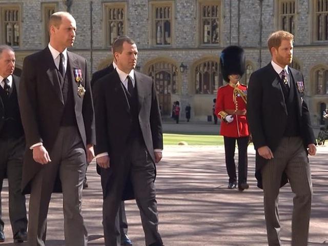 Harry sốc trước sự tiếp đón lạnh nhạt của hoàng gia, trở về Mỹ cũng không ngừng dằn vặt, trong khi Meghan có thái độ trái ngược - Ảnh 2.