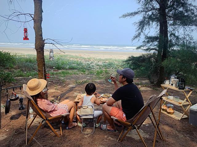 Các gia đình Hà Nội, Sài Gòn muốn đi camping trong phạm vi 300km thì đừng bỏ lỡ loạt địa điểm từ núi tới biển quá đẹp này, sẵn sàng cho kỳ nghỉ 30/4, 1/5 thật chill thôi nào! - Ảnh 13.