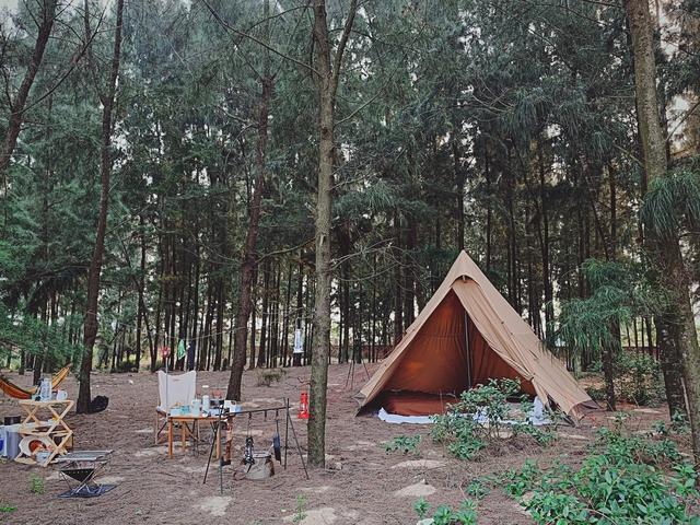Các gia đình Hà Nội, Sài Gòn muốn đi camping trong phạm vi 300km thì đừng bỏ lỡ loạt địa điểm từ núi tới biển quá đẹp này, sẵn sàng cho kỳ nghỉ 30/4, 1/5 thật chill thôi nào! - Ảnh 14.