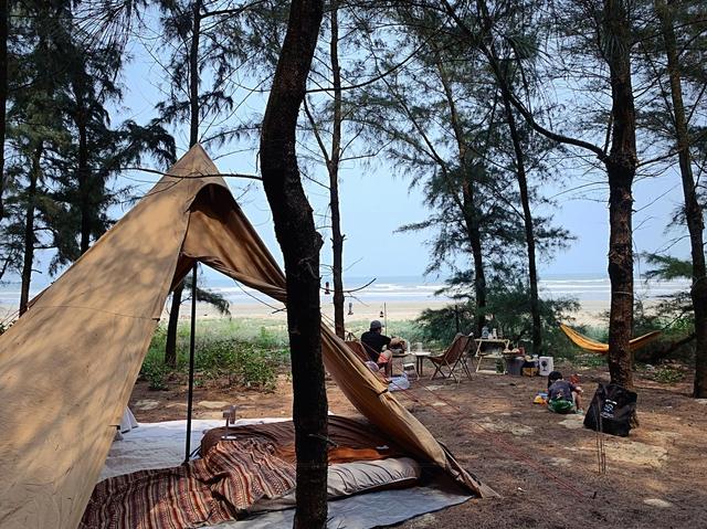 Các gia đình Hà Nội, Sài Gòn muốn đi camping trong phạm vi 300km thì đừng bỏ lỡ loạt địa điểm từ núi tới biển quá đẹp này, sẵn sàng cho kỳ nghỉ 30/4, 1/5 thật chill thôi nào! - Ảnh 16.