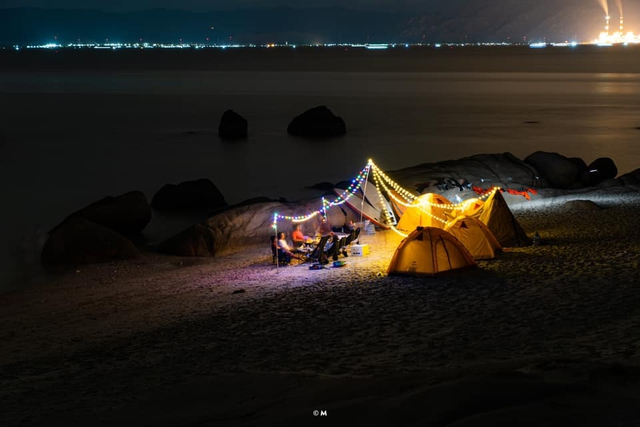 Các gia đình Hà Nội, Sài Gòn muốn đi camping trong phạm vi 300km thì đừng bỏ lỡ loạt địa điểm từ núi tới biển quá đẹp này, sẵn sàng cho kỳ nghỉ 30/4, 1/5 thật chill thôi nào! - Ảnh 27.