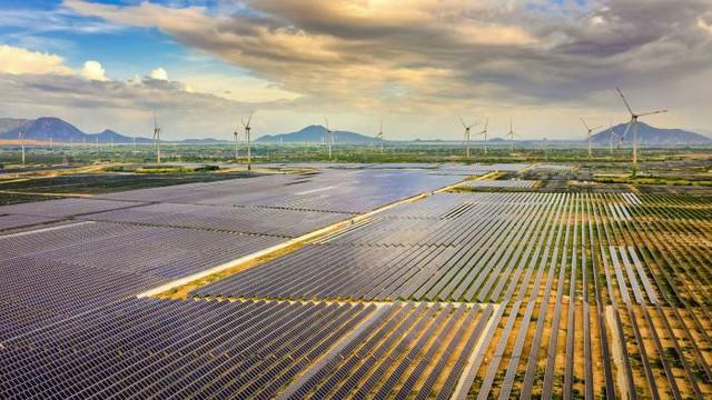 Financial Times: Cùng có tốc độ gió tốt, Việt Nam nắm lợi thế gì hơn các nước khác trong phát triển điện gió ngoài khơi? - Ảnh 1.