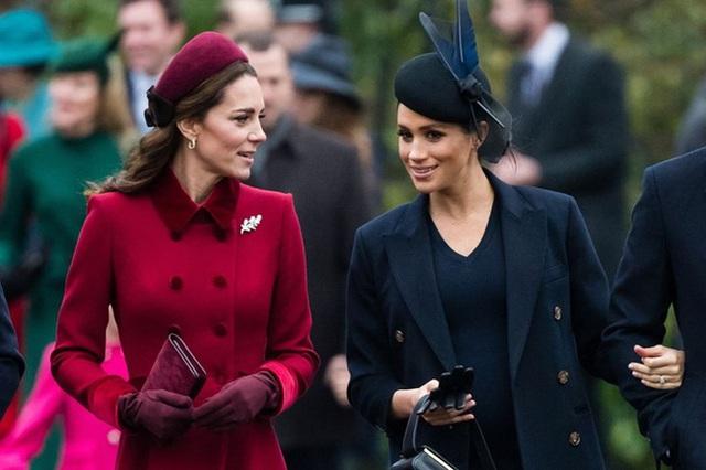 Hoàng tử William sẽ không bao giờ tha thứ cho Meghan Markle, đoạn tuyệt với em dâu vì dám tỏ thái độ với Kate - Ảnh 2.