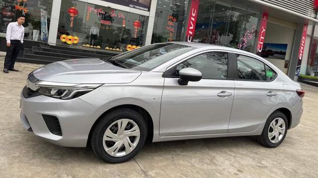 Honda City E 2021 ồ ạt về đại lý: Xe dịch vụ giá 499 triệu, vẫn số tự động, đấu Toyota Vios số sàn - Ảnh 3.