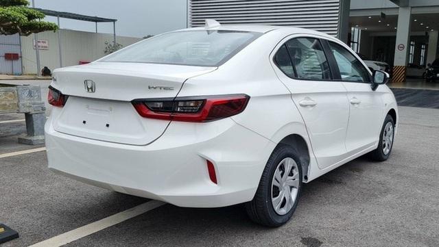Honda City E 2021 ồ ạt về đại lý: Xe dịch vụ giá 499 triệu, vẫn số tự động, đấu Toyota Vios số sàn - Ảnh 6.