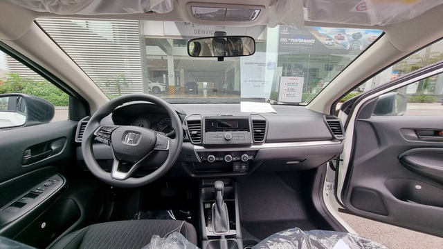 Honda City E 2021 ồ ạt về đại lý: Xe dịch vụ giá 499 triệu, vẫn số tự động, đấu Toyota Vios số sàn - Ảnh 8.