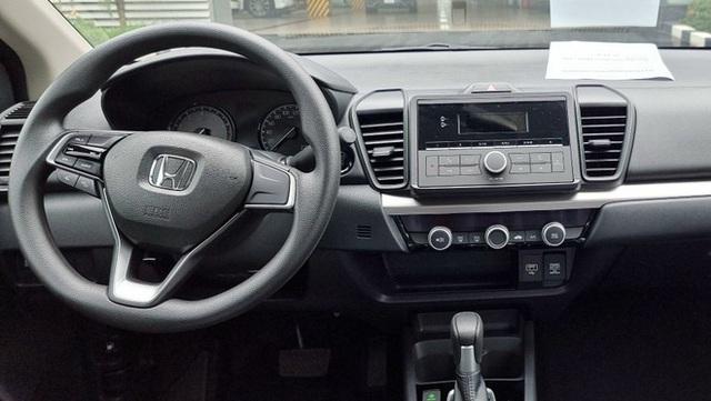 Honda City E 2021 ồ ạt về đại lý: Xe dịch vụ giá 499 triệu, vẫn số tự động, đấu Toyota Vios số sàn - Ảnh 9.