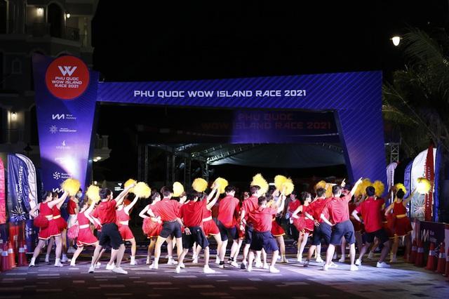 Vỡ oà cảm xúc Phu Quoc WOW Island Race 2021: Phiêu hết mình với cung đường trong mơ - Ảnh 1.