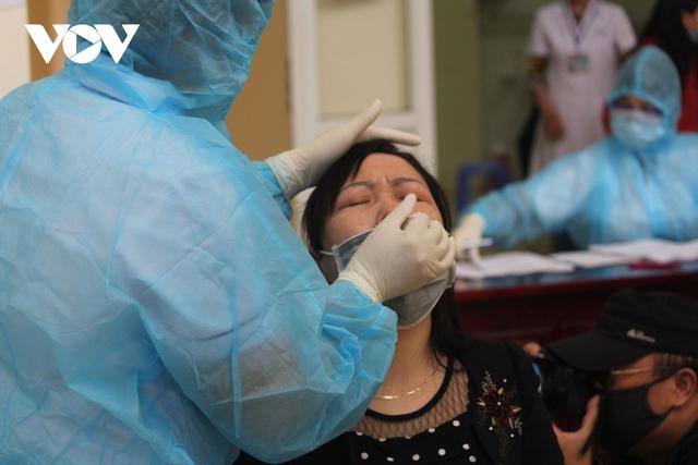 Việt Nam cần nâng cấp độ phòng chống dịch COVID-19  - Ảnh 1.