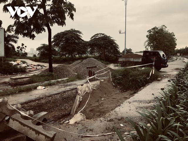 Đường nghìn tỷ ở Hà Nội vừa xong, mặt đường đã bị bóc lên gây lãng phí - Ảnh 11.